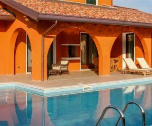 Insel Albarella: Villa mit Pol
