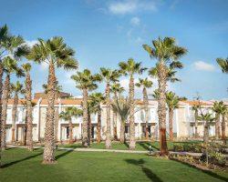 Robinson Cabo Verde Clubanlage mit Palmen